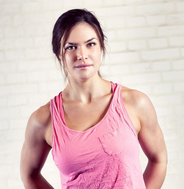 Dubai Female Personal Trainer Amanda