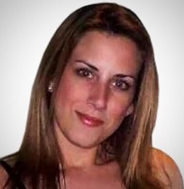 Female Abu Dhabi Personal Trainer & Nutrition Coach – Nicole