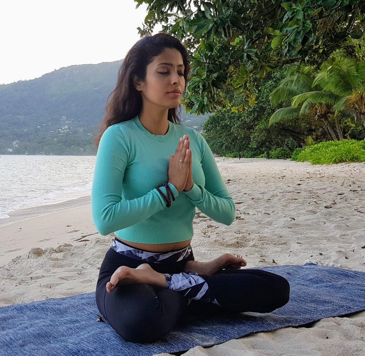 Abu Dhabi Yoga Coach Shweta
