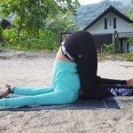 Training for Yoga outdoors in Abu Dhabi with Coach Shweta