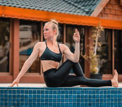 Female Yoga Personal Trainer In Dubai - Marina